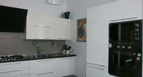 Appartamento in vendita in Centro – via l. Corsi – Savona