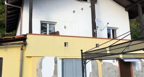 Villa Bifamiliare – 7 Locali
